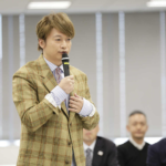 香取慎吾やコシノヒロコが東京五輪大会ボランティアのユニフォーム選考委員
